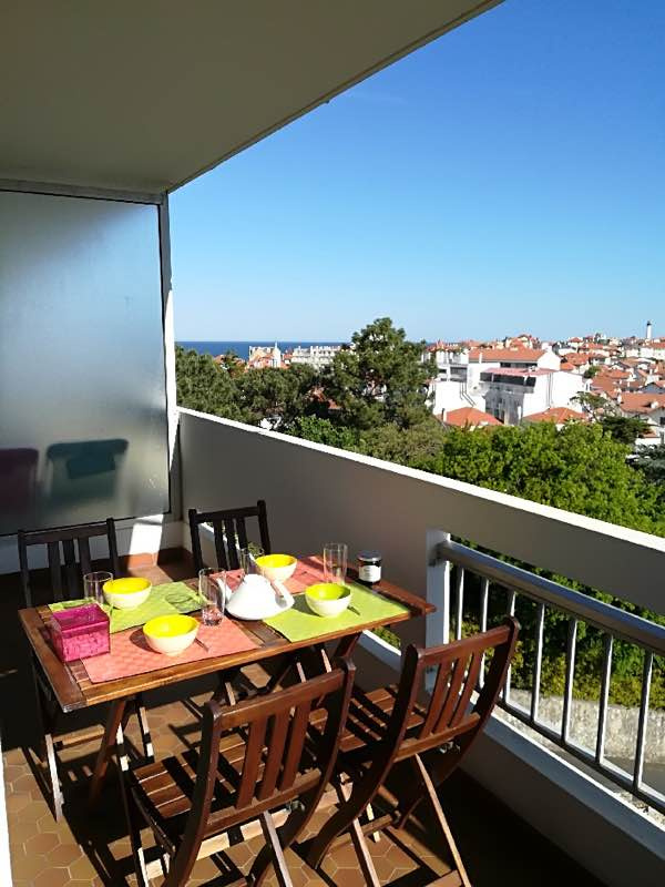 Biens en location appartement m biarritz 650 for Agence immobiliere 42